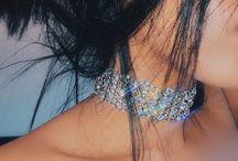 Diamanty a holky jsou nejlepší přátele