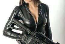 hot girls And Guns