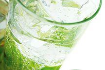 Elmalı meyve suyu
