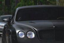 Maquinas perfectas / Vehículos premium