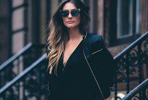 Fashion Trip - New York / A Espaço de Moda reuniu as blogueiras Georgia Americano, Marina Zanetti, Bruna Manzon e Luiza Hermeto para mais uma Fashion Trip, onde o destino da vez foi Nova Iorque, para fotografar as peças de Outono/16.  Os cliques ficaram por conta do fotografo Bruno Fioravanti.