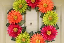 Wreaths Year Round / by Sammi Gunning
