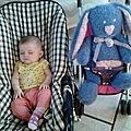 Tricot pour ma Poppy adorée / J'ai débuté le tricot peu de temps avant la naissence de Poppy, je lui ai tricoté des habits, des doudous, j'ai même fais nos faire parts en tricot!