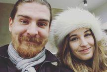 Instagram La Bella e la Bestia (io ovviamente sono la Bella) in attesa del treno verso Cesenatico! :D  Noi il weekend lo trascorriamo con una bella stand-up philosophy, e voi?
