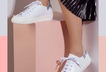 Witte sneakers / De trend van dit jaar, witte sneakers!