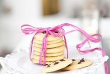 Cakes & cookies / by Hildas