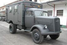 Militär-Lkw