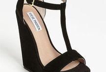 Shoes / by Lisa Edgar