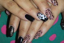 nails  violeta tsangalidoy