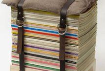 mobiliario con libros