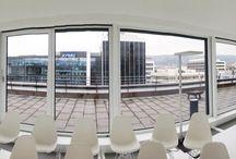 SKYLOFT Stuttgart / Tapetenwechsel für Sie und Ihr Team. Lassen Sie für ein paar Stunden den Büroalltag hinter sich und schaffen Sie Platz für neue Gedanken, Ansätze und Sichtweisen in einem einzigartigen Meeting-Raum.