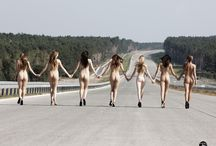 Road to heaven / #nudeart #road #paz #ladies