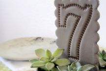 Table Labels / Table Numbers & Signs