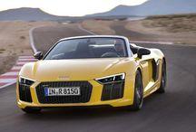Audi R8 Spyder at Auto show
