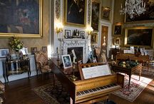 Ain't it grand! / Decorating with a grand piano