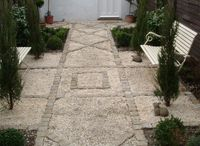 Court Yard and Small Gardens / Constrained: maybe by size but not by style