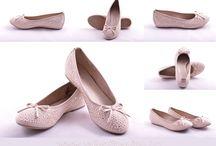 Jana lábbelik a Valentina Cipőboltokban & Webáruházban