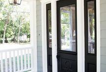 Black doors / Black doors