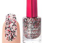 Laca de Uñas / MaquillArte, empresa de venta de cosméticos online. Web: http://www.makeupshadow.com Email: contacto@makeupshadow.com