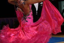 Šaty na standardní tance