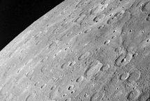 Odkrywcy planet / Kosmos i jego tajemnice. Co o nim wiemy?