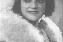 Seyyan Hanım / Baanbrekende muziek voor Turkije uit begin vorige eeuw. Ze maakte andere muziek en is ongevenaard.