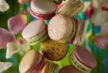 Macarons & Meringues / by Karolina B.