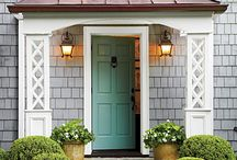 Welcoming Front Doors and Porches / by Katherine Lipton