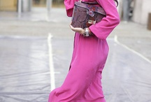 Style: pink shades / Things that inspire me to get dressed! In this board you will find inspiration on how to pair and style different shades of pink.