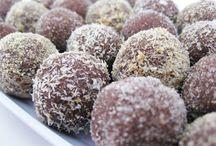 Cookies / by Dana Lundon Masucci