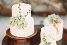 Fine Art Wedding Cake Inspiration / Fine Art Wedding Photography Inspiration. Fine Art Cake using Fuji 400h Film.