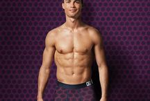Hunks - Athletes: Soccer / Photo galleries dedicated to soccer players who I think are sexy.
