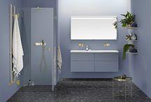 Moodboard - Mässingsdetaljer i badrummet / Polerade mässingsdetaljer för en rad utvalda duschmodeller, handdukstorkar och matchande krokar. Skapar känsla av lyx och värme i badrummet.