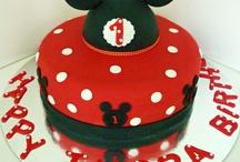 Minnie & Mickey Mouse Cake