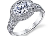 Oval Shaped Engagement Rings