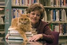 Puss in Books / Libraries and cats, a natural pairing