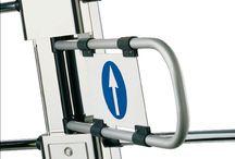 Halfhoge toegangspoorten voor controle & persoonsbegeleiding / Winkelpoortjes zijn oorspronkelijk ontworpen voor toegangscontrole en persoonsbegeleiding in de retail sector. Daarnaast is het ook een waardevolle toegangsoplossing voor gebruik van mindervaliden en het gebruik van bijvoorbeeld winkelwagens.