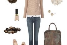 Style: outfits  / by Janelle Thacker