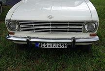 Opeltreffen Himmelkron / Vom 15. bis 17. August trafen sich Oldtimer-Freunde von Opel Kadett und Opel Olympia in Oberfranken. Sie kamen treffenderweise beim Gasthof Opel in Himmelkron (Lkr. Kulmbach) zusammen. Hier geht es zu unserem Video: http://tinyurl.com/lk8k36s