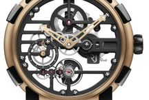 Romain Jerome / Découvrez dès maintenant l'horloger Romain Jérôme et ses productions parfois étonnantes.