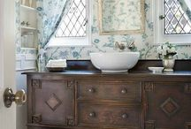 Dream Home: Bathroom / by Kylie Antcliff