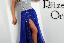 Dresses<<<