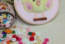 Quadros Bastidores para Babys / quadros personalizados para decoração de quartinhos de babes. www.raparigaarteirababy.com.br