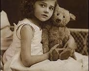 """<3 bEARS are LoVe / """"Everything in life I share, except of course my teddy bear!"""" -Unknown / by Jiffy Bean"""