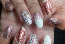 Nails on form x / Nail art