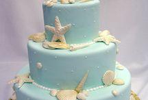 cakes / by Rachel Veinot