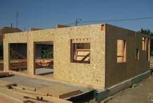 Construcții casă din lemn