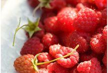 Odkryj siłę owoców jagodowych / Discover the power of berries / Owoce jagodowe / Berries