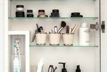 Bathroom Organisation / The best tips and tricks for keeping your bathroom organised