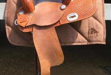 Western Products / Fenwick's therapeutic western Bamboo pad was designed to be worn under the Navajo pad.  Our pad is machine wash & dry in addition to being moisture wicking, breathable, anti-bacterial and helps reduce lactic acid build up in the back muscles.